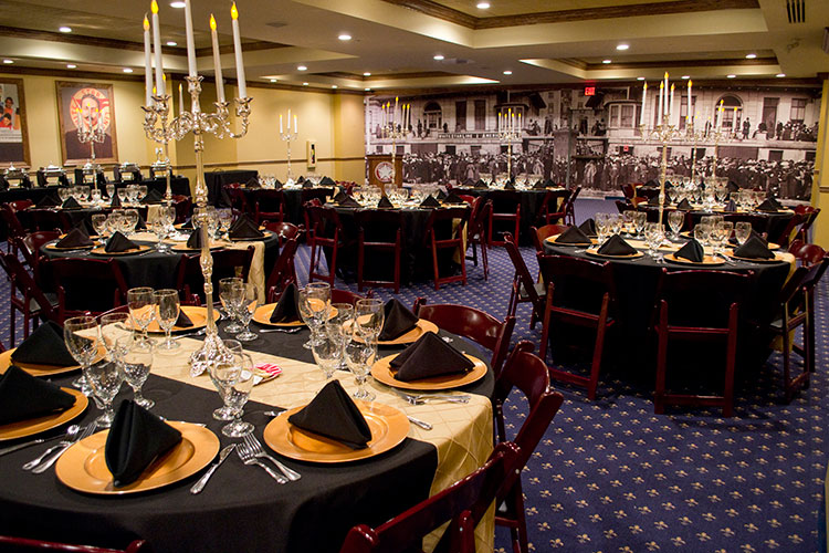 first class dinners and gatherings at titanic pigeon forge